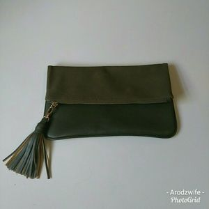 Adorable WhoWhatWear Faux Leather/Suede Clutch